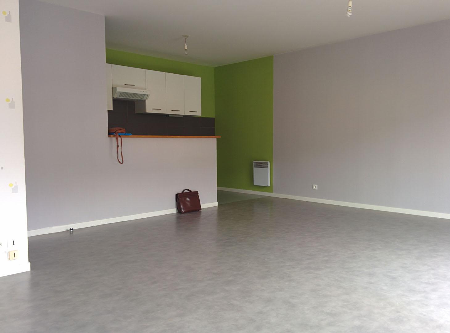 saint armel location t3 avec balcon et garage agence immobili re vern sur seiche. Black Bedroom Furniture Sets. Home Design Ideas
