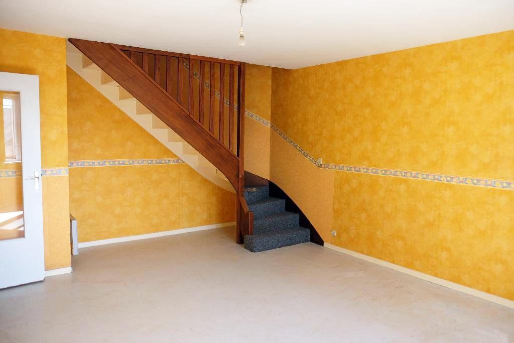 vern sur seiche 35770 appartement t4 duplex en plein centre agence immobili re vern sur. Black Bedroom Furniture Sets. Home Design Ideas